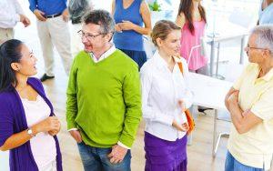 Teilnehmer in der Pause Ihrer Coach-Ausbildung